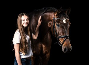 Pferd mit Besitzer